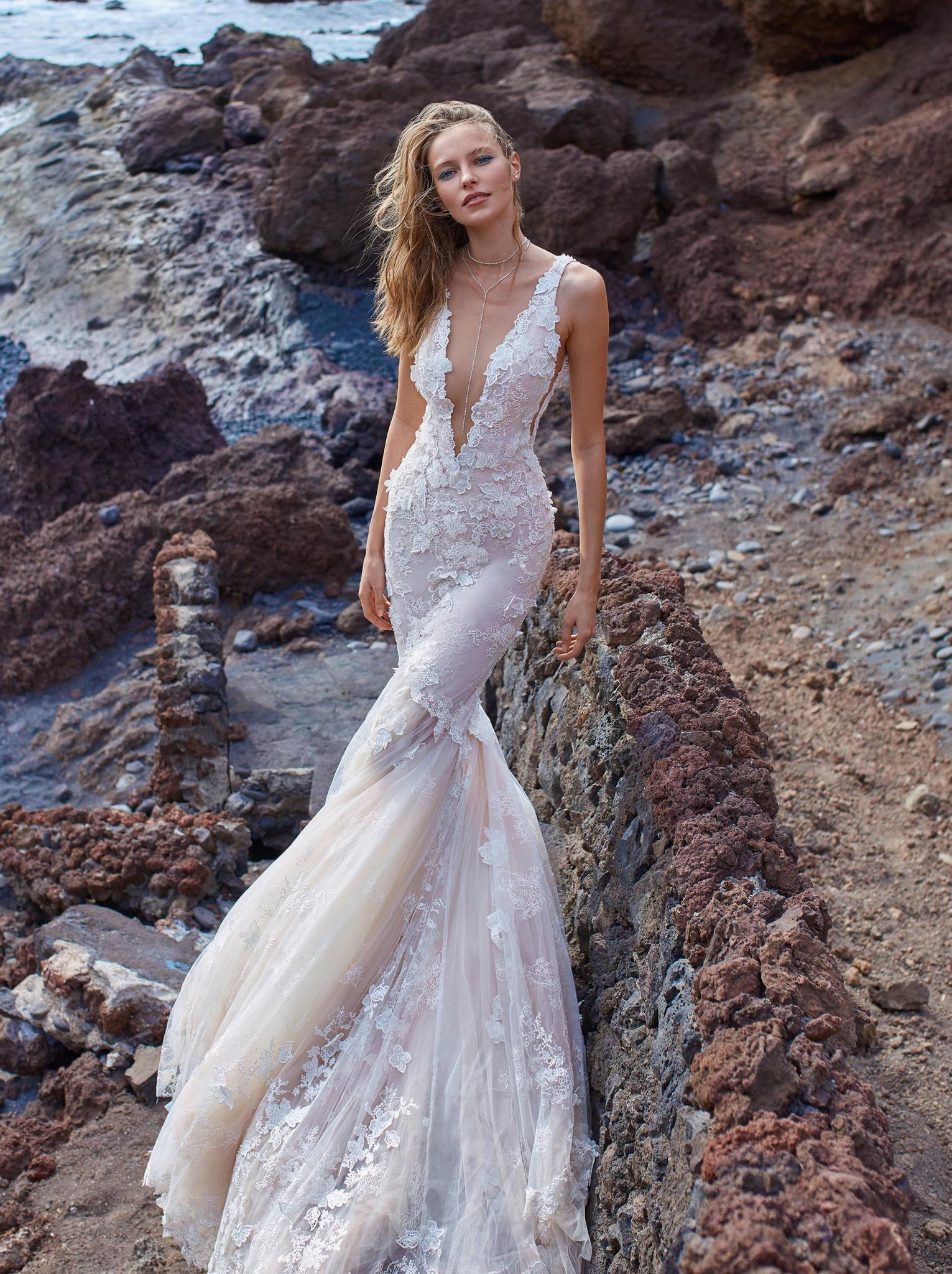 GALA-1001 - Collection No. V - Bridal Dresses - Galia Lahav